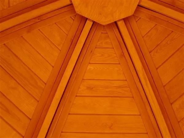 Dachverschalung von innen (10-Eck Reetdach-Pavillon)